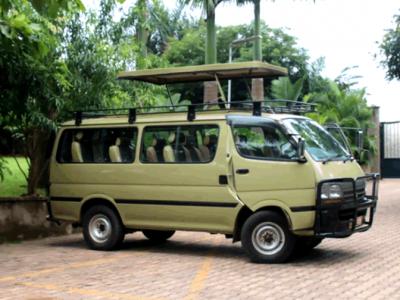 safari-bus